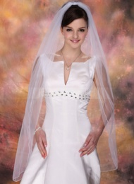 http://ru.jennyjoseph.com/One-Tier-Waltz-Bridal-Veils-With-Pencil-Edge-006020342-g20342