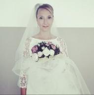 Audrey Lamy qui interprète Marion dans Scènes de ménages a dévoilé une photo en robe de mariée.