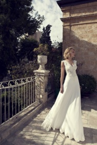 Sleeveless V Neck Sweep Train Chiffon A Line Wedding Dress With Appliques