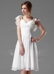A-linjainen/Prinsessa V-kaula-aukko Polvipituinen Sifonki Morsiusneitojen mekko jossa Helmikuvoinnit Laskeutuva röyhelö