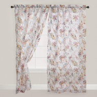 How to choose floral floral curtains and the notice of purchasing them