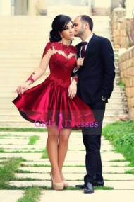 http://www.girlydresses.co.uk/2015-sweetheart-short-mini-homecoming-dresses-with-ruffles-and-beading-51627