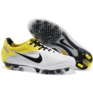 Sole Nike CTR360 Maestri II FG White and Yellow Soccer Cleats