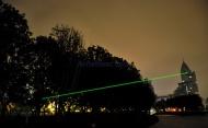 http://www.achatlaser.com/laser-vert-3000mw-surpuissant.html  Ce laser vert 3000 mW prix est particulièrement complet : il dispose d'une molette qui permet de concentrer le faisceau pour le rendre encore plus visible ou plus puissant, il dispose également d'une fermeture sur clé de sécurité - non négligeable pour un laser de cette puissance.